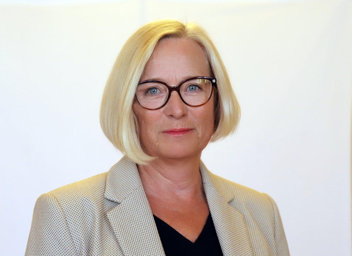 2020 parlamentarisk leder Marit Arnstad portrett