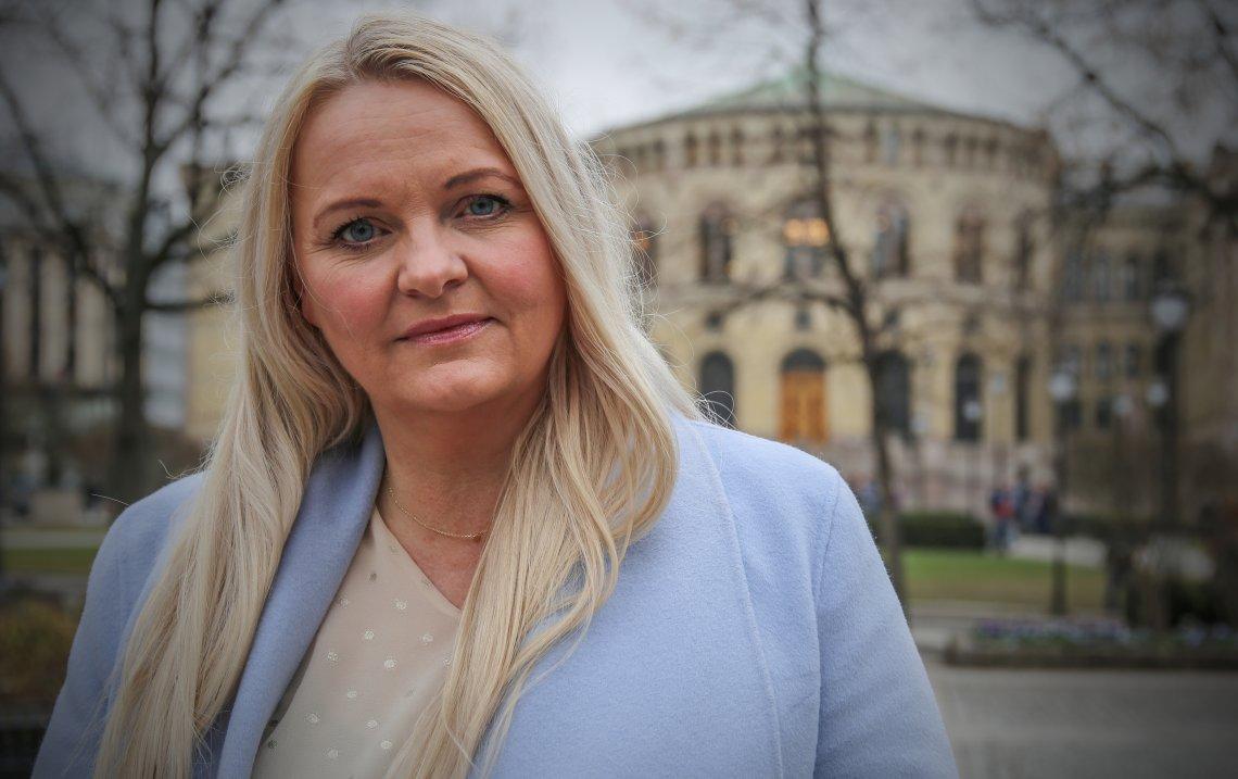 Regjeringen gir blaffen i norske aviser