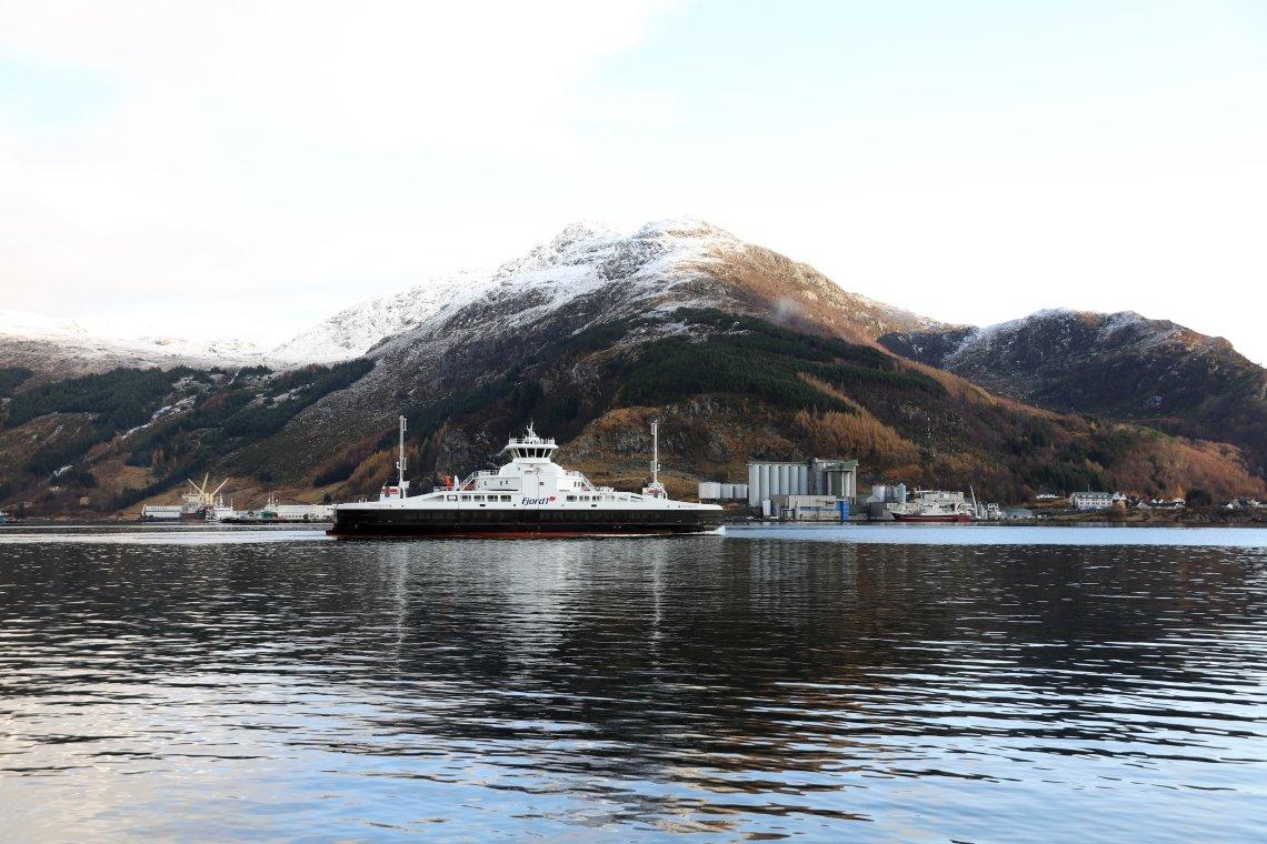 Senterpartiet fremmer sak i Stortinget: Krever lavere båt- og ferjepriser