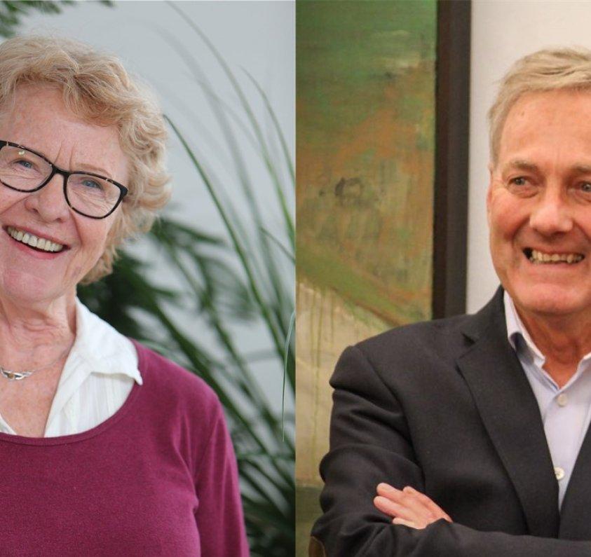 Eva Holo Kostveit og Dagfinn Sundsbø mottok Senterpartiets hedersmerke